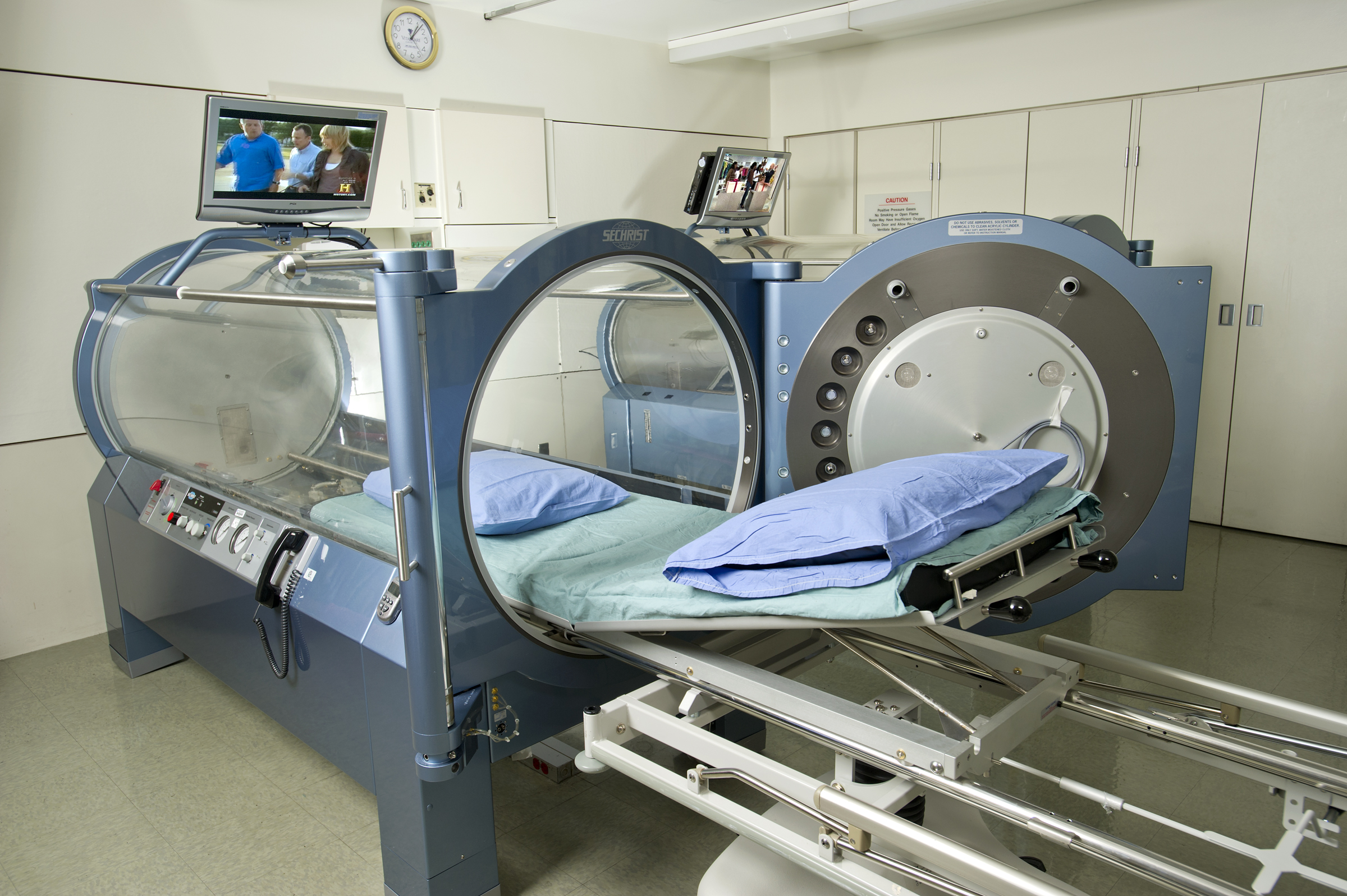Hyperbaric Chambers Clinical Infectious Diseases Specialist